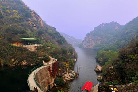 频道 旅游频道 正文      百泉山自然风景区位于怀柔县峪道河北雁栖湖
